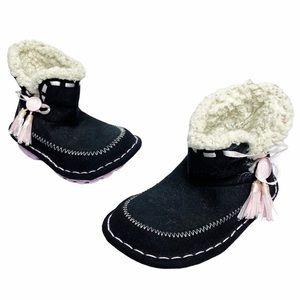 Crocs | Black Pink Shearling Suede Tassel Boots